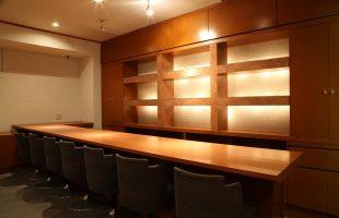ジョイフル酒肴小路 新装企画店舗 404号室 − 店内カウンター