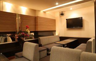 J-Room 607 - 店内