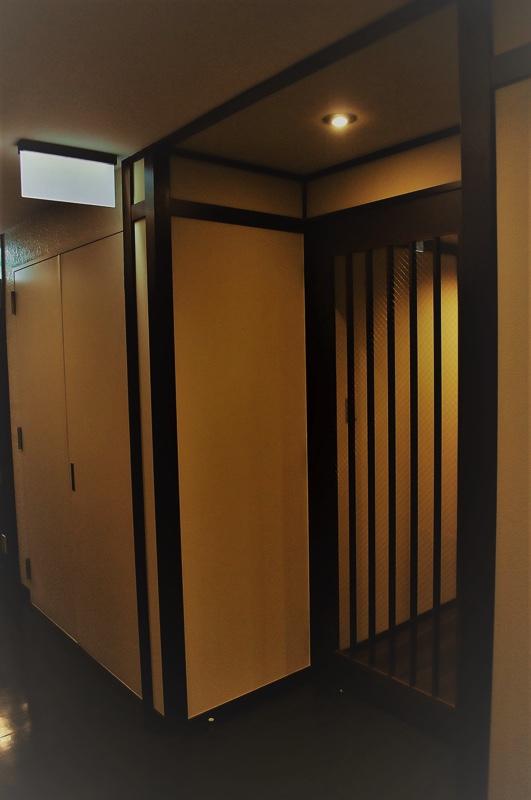 ジョイフル酒肴小路 新装企画店舗 401号室 − 入口