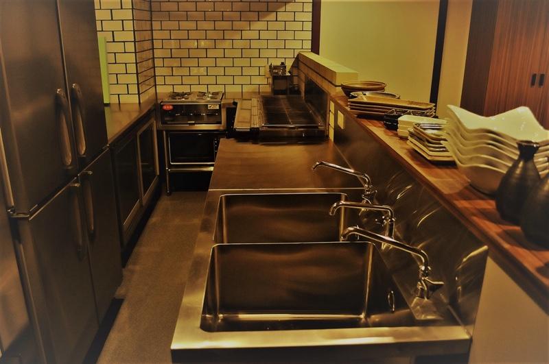 ジョイフル酒肴小路 新装企画店舗 401号室 − 厨房全景