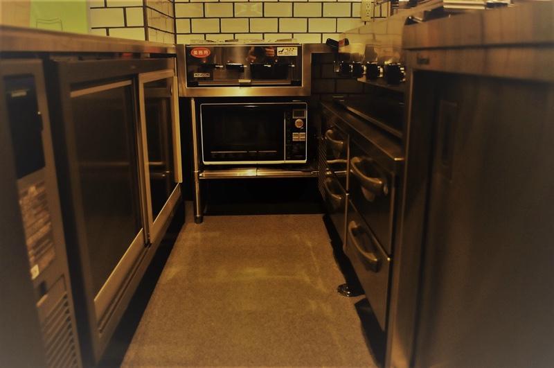 ジョイフル酒肴小路 新装企画店舗 401号室 − レンジ・冷蔵庫