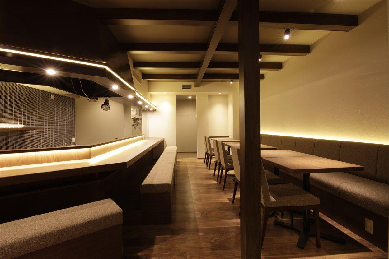 ジョイフル酒肴小路 新装企画店舗 205号室 − 店内