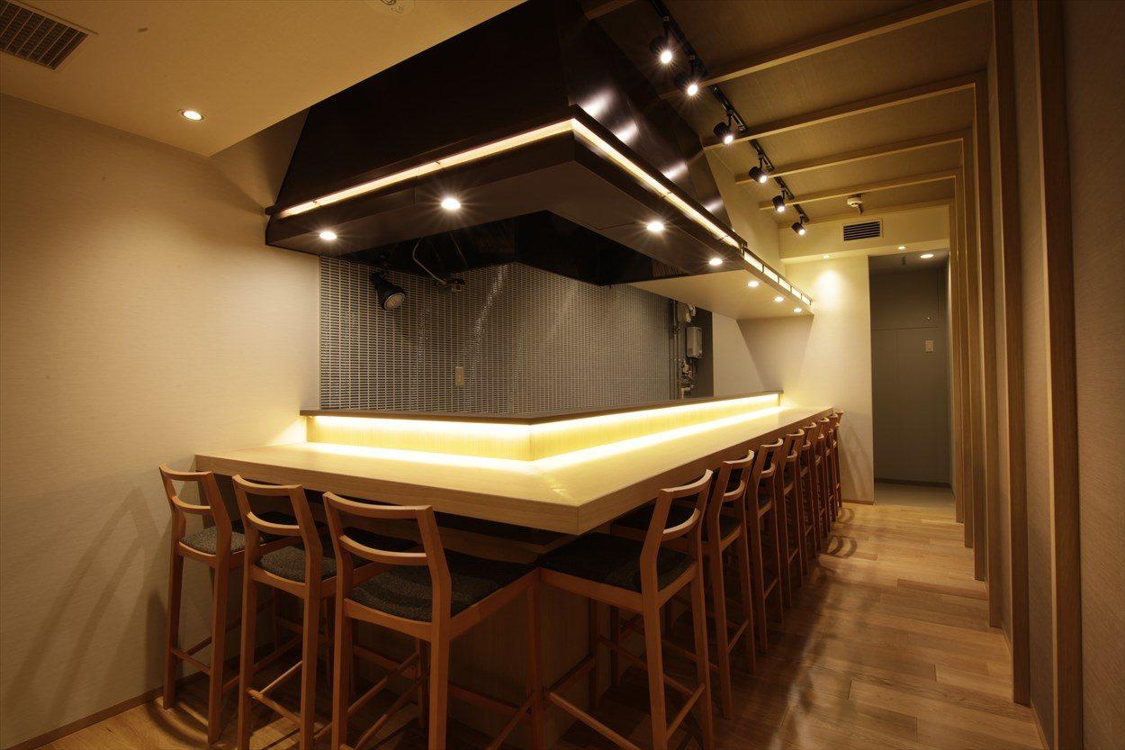 ジョイフル酒肴小路 新装企画店舗 303号室 − 店内カウンター