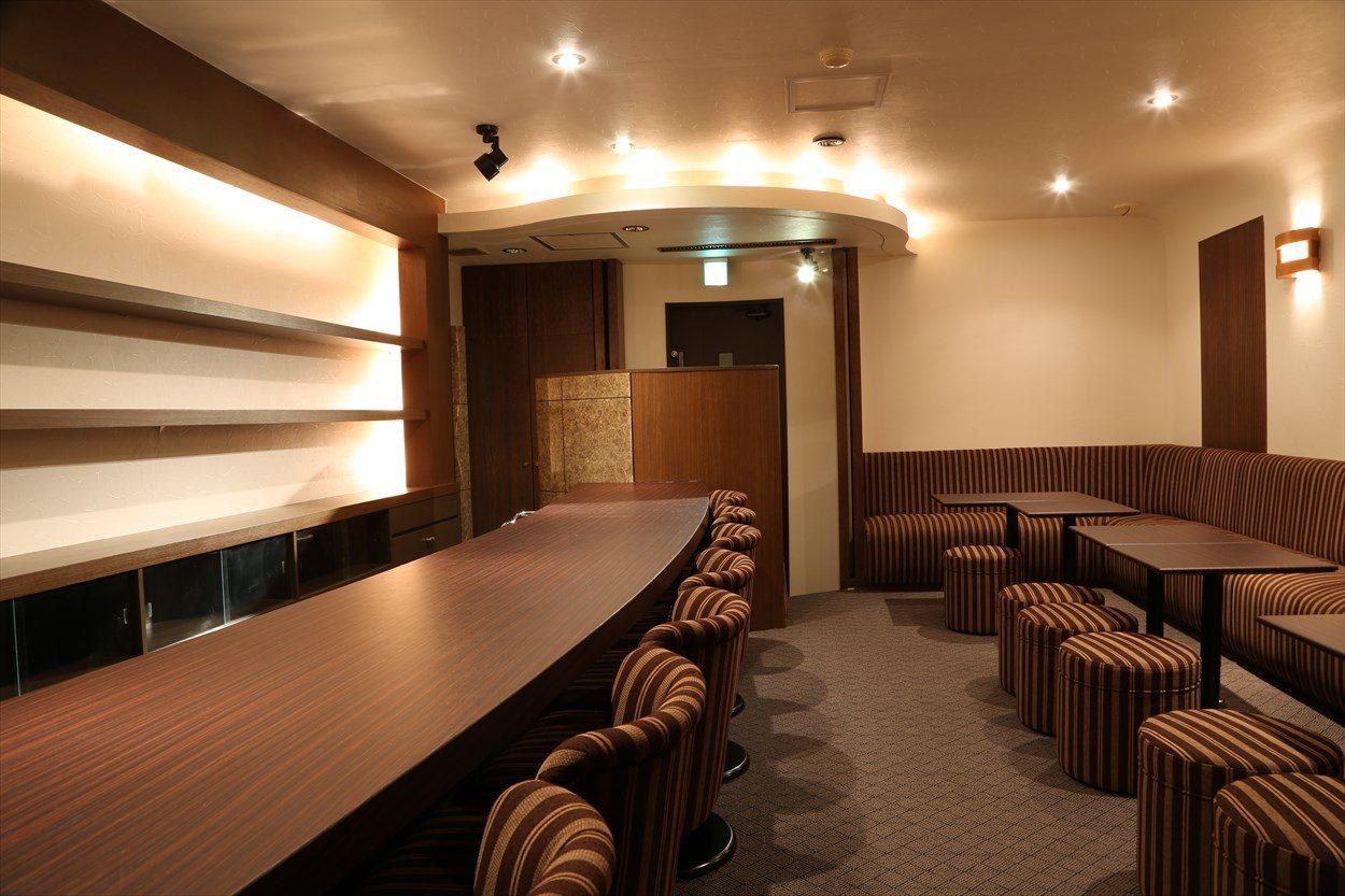 ジョイフル酒肴小路 新装企画店舗 306号室 − 店内