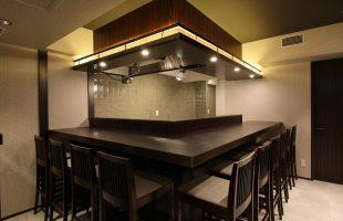 ジョイフル酒肴小路 新装企画店舗 509号室 − 店内カウンター